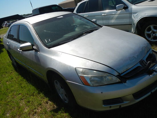 2006 HONDA ACCORD CAR,  4-DOOR, GAS, AUTOMATIC, PS, AC S# 2038 AS-IS, CONDI