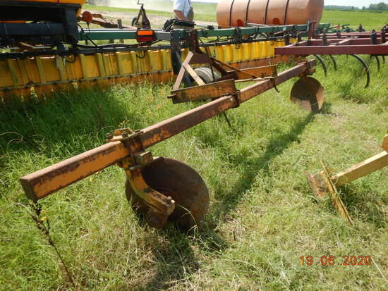 BARRENTINE 3 POINT WATER FURROW PLOW,  LOCATION: ALTHEIMER, AR