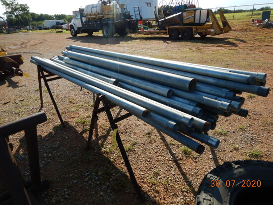 LOT WITH GALVANIZED CONDUIT PIPE & (2) PIPE STANDS