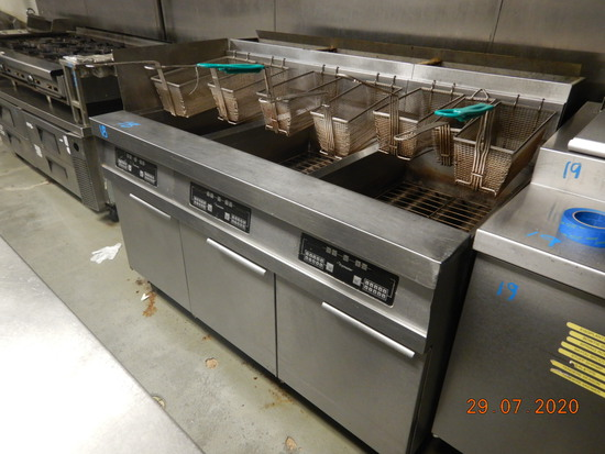 DEAN FRYMASTER HD360GNCS DEEP FRY STATION,  (3) BAY, WITH FRY BASKETS
