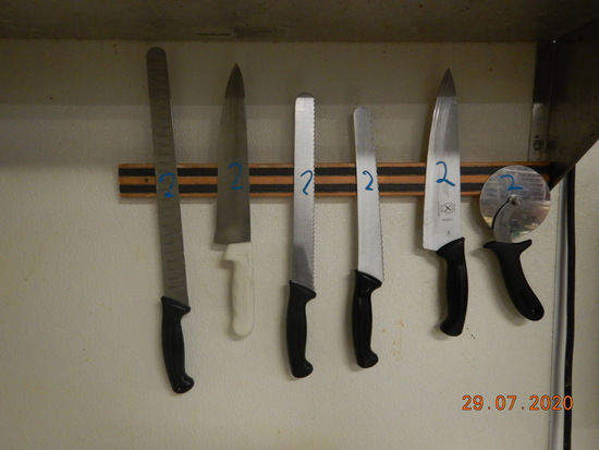 LOT OF KNIVES, SHARPENER AND (2) MAGNETIC KNIFE STRIPS