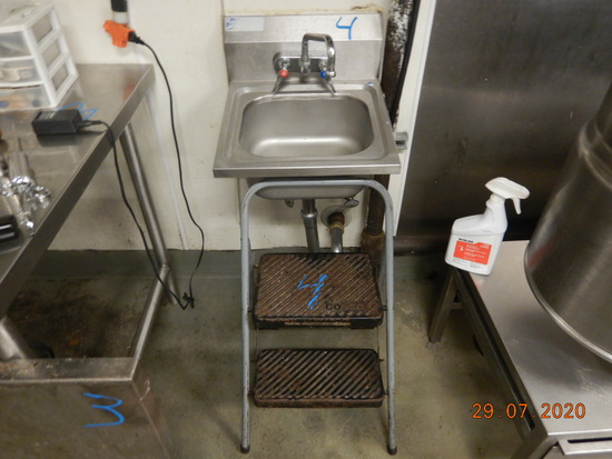 STAINLESS SINK WITH FAUCET AND COSCO FOLDING STEP STOOL
