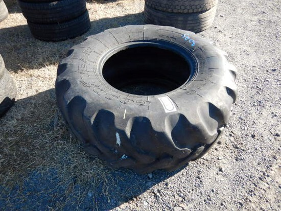 19.5L - 54 BACKHOE TIRE