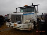 1994 WHITE\GMC TOTER TRUCK,  CAT 3126 DIESEL, NO TRANSMISSION, SINGLE AXLE,