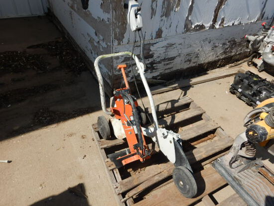 CUT-OFF SAW CARRIER