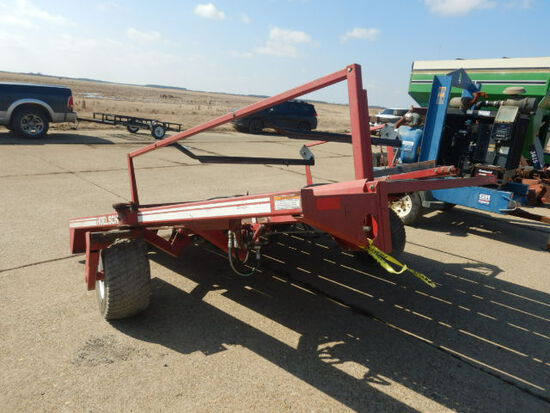 HOELSCHER SQUARE BALE ACCUMULATOR  HITCH FOR A JOHN DEERE BALER INCLUDED