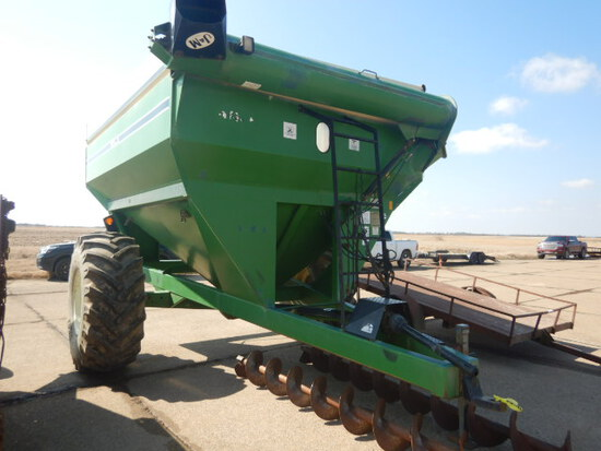 J & M 525 GRAIN CART  WITH EXTRA SET OF AUGERS, ROLL TARP,