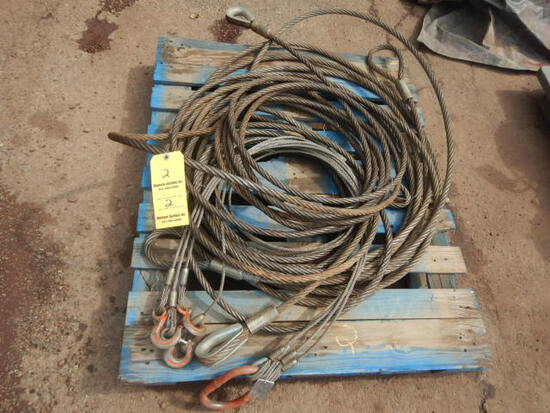 PALLET WITH LIFTING CABLES AND CHOKER CABLES