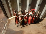LOT OF FIRE EXTINGUISHERS