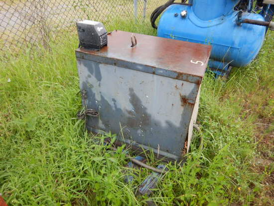 LINCOLN IDEAL ARC R35-400 WELDER,  ELECTRIC
