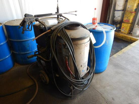 MR. CLEAN STEAM CLEANER/ PRESSURE WASHER,  220 VOLT, SELLS W/ BARREL OF SOA
