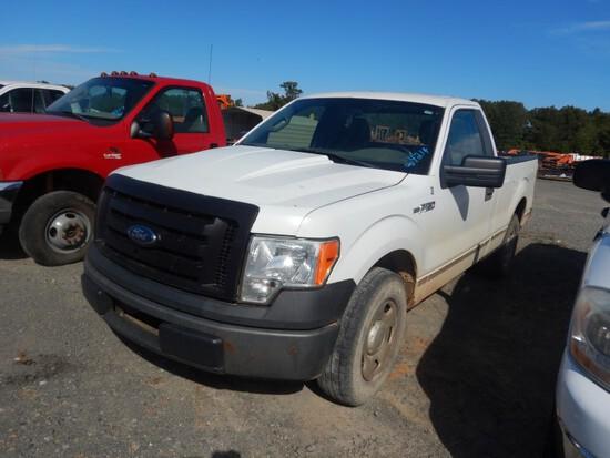 2009 FORD 150XL PICKUP TRUCK, 206k+ miles  V8 GAS, PS, AC,  **RUNS & DRIVES