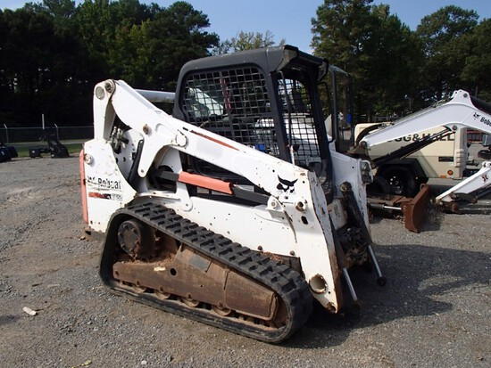 2015 Bobcat T650 Rubber Track Skid Steer Loader, ROPS Cage, Aux Hydraulics,