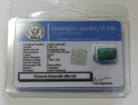 6.850 CT EMERALD