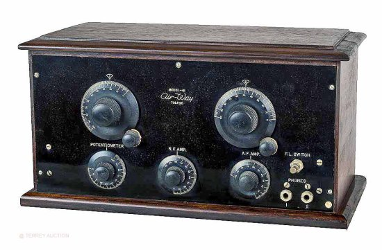 Air-Way Co. 41 - 4-tube receiver. No tubes.