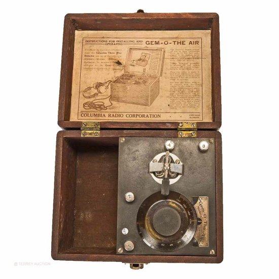 Columbia Radio Corp. Gem-O-The-Air Model A