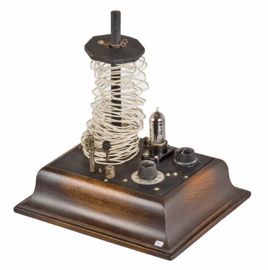 Aerial Electric Co., Chicago, Ill.  Combination King Receiver