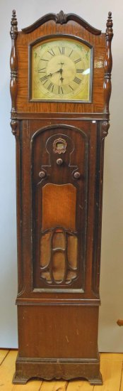Crosley.  Playtime Grandmother Clock Radio Model 124