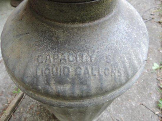 Columbian Lube Oil Can