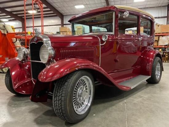 1931 MODEL A FORD SEDAN, COMPLETELY ROTISSERIE RESTORED, CUSTOM GOLD GAGES, 302 CI ENGINE