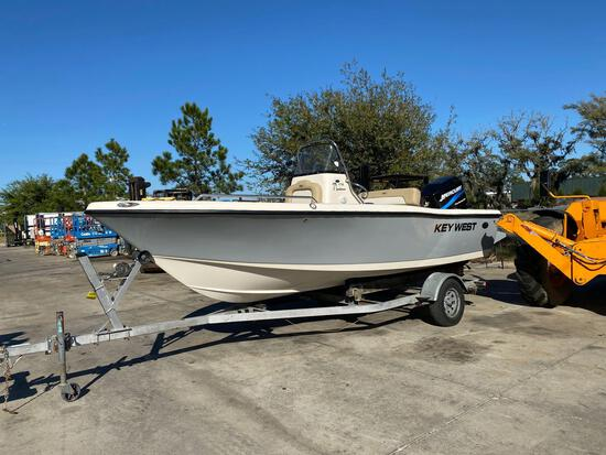 KEY WEST CENTER CONSOLE BOAT, TRAILER, NEW RADIO, GPS, NEWER CUSHIONS, JUST BUFFED AND SERVICED,...