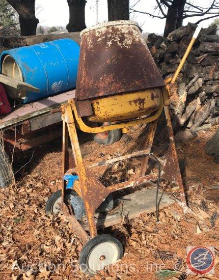 Concrete Mixer. Needs Repair.