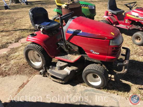 Craftsman GT5000 Lawn Tractor. Kohler 25HP V-twin engine Battery is discharged, has not been tested,