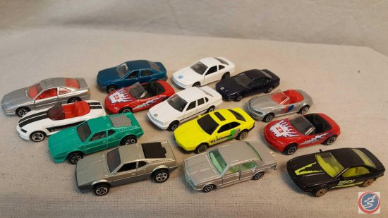 (17) Hot Wheels, Matchbox, and Maisto die cast cars