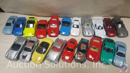 (17) assorted Hot Wheels, Majorette, Maisto Die Cast Cars: Gray Porsche 911 No Top, Porsche 911
