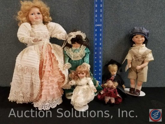 """Heritage Mint Limited Ltd. Doll, (3) misc. miniture porcelain doll, Clay County Fair doll """"Eric"""""""