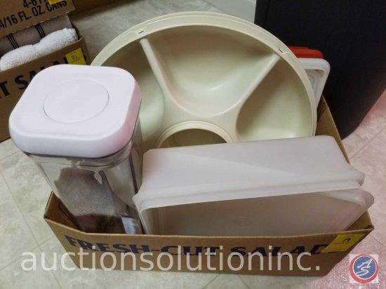 Tupperware Vegetable Tray, Spaghetti Storage Container, Tupperware 514-20 Square Sheet Container