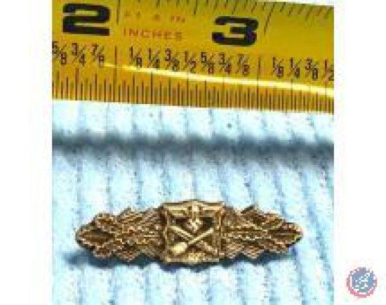 Close Combat Merit Badge in Gold