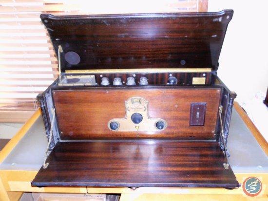 Antique Freed-Eisemann NR-57 Radio
