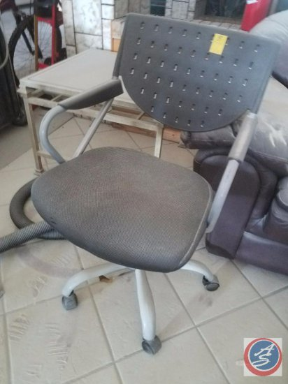 Rolling Office Chair {{covered with fire extinguisher powder}}
