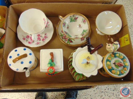 (4) decorative ceramic sugar holders with spoon, (3) tea cups (2 with plates)