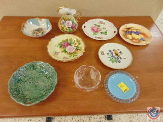 (4) decorative glass plates, (4) decorative bowls, (1) decorative pitcher