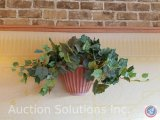 Artificial wall plant with holder