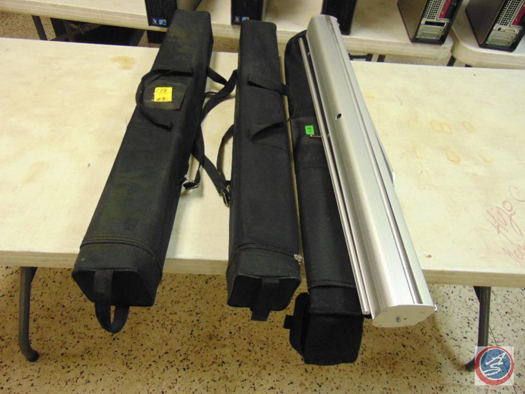 (3) retractable vinal floor banners with cases