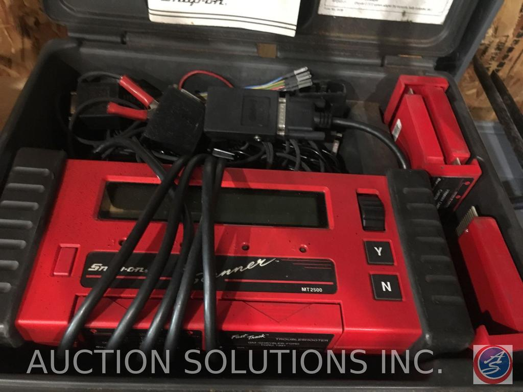 Snap On scanner kit (model #MT2500) in case