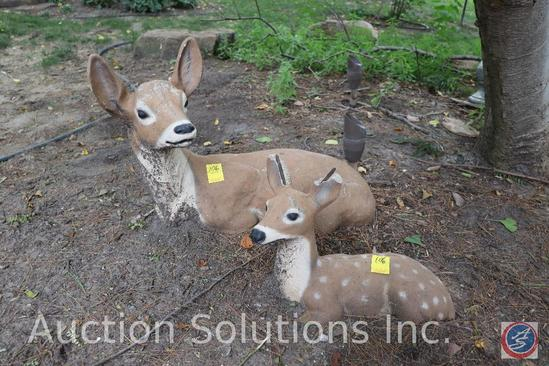 Cement mama and baby deer garden decorations (damage on ears