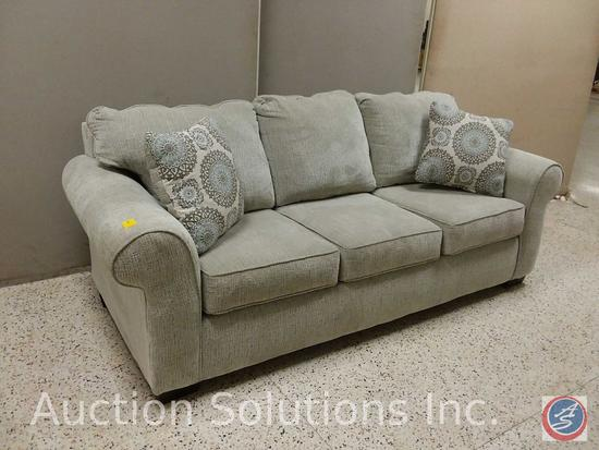 Affordable Furniture brand gray 3 cushion sofa with (2) decorative throw pillows (89x37)
