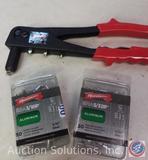 Arrow Rivet Gun plus 2 boxes rivets