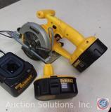 DeWalt 18V cordless 5-3/8 Trim Saw w/ 2 batteries and charger