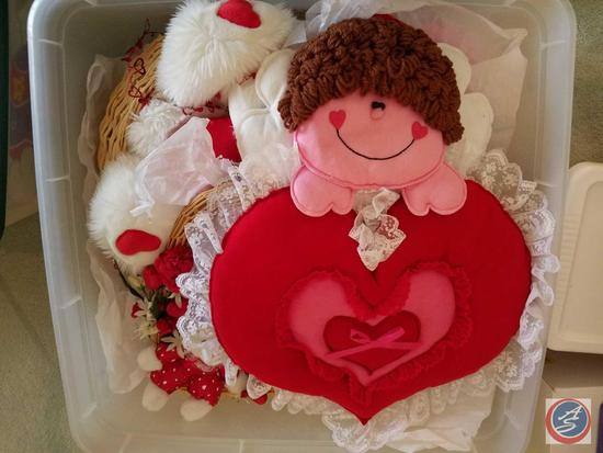 Valentine's Baskets, Wreaths and Wall Hangings