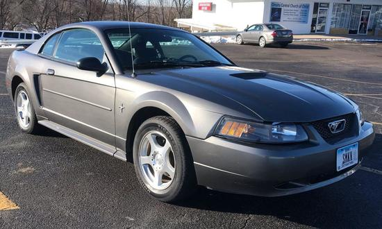 2003 Mustang Coupe Online Auction