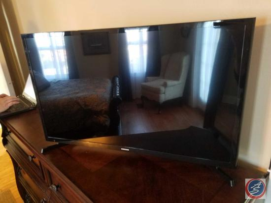 "Samsung 32"" Television Model UN32J4000AF (With Remote)"