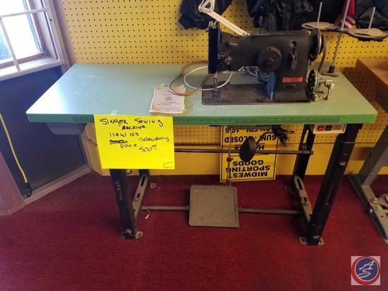 143W2 Industrial Singer Sewing Machine SN: W1259977 w/ a (1981) TACSEW Clutch Motor SN: 107385