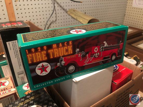 [20] ERTL Vintage Firetrucks Die Cast Banks in Original Boxes