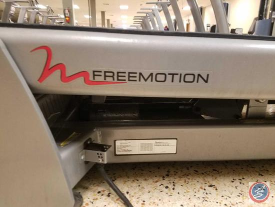 FreeMotion Commercial Incline Trainer w/ 10 in. Color Touchscreen Display (Model FMTK75009.0)