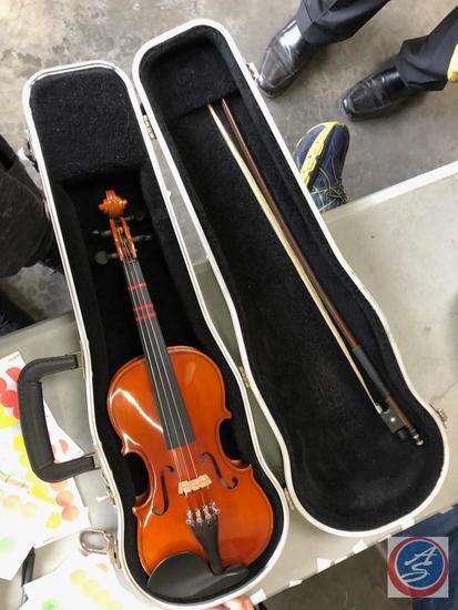 Otto Bruchner - 1/4 Size Student Violin